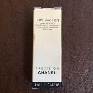 Chanel Sublimage La Creme Yeux. Eye cream